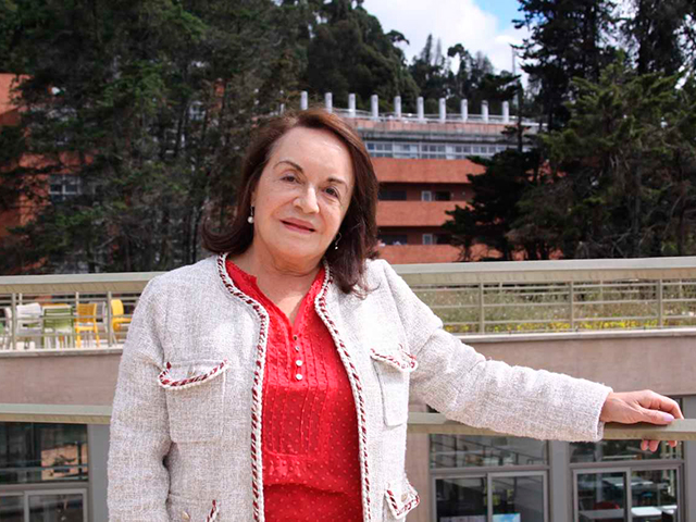 Ángela Camacho en la Universidad de los Andes