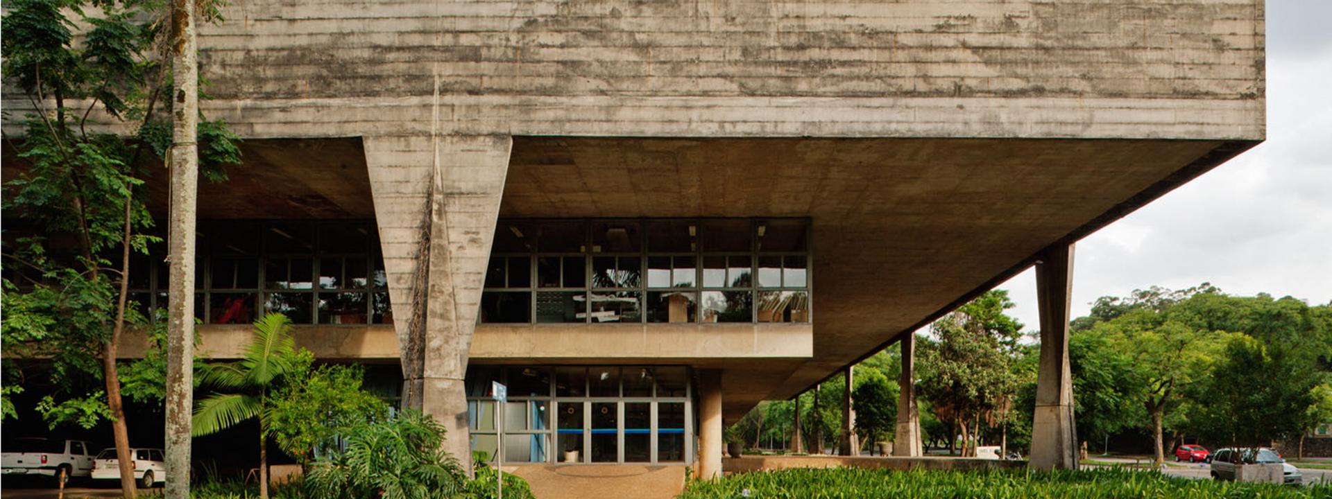 Facultad de Arquitectura y Urbanismo Universidad de São Paulo