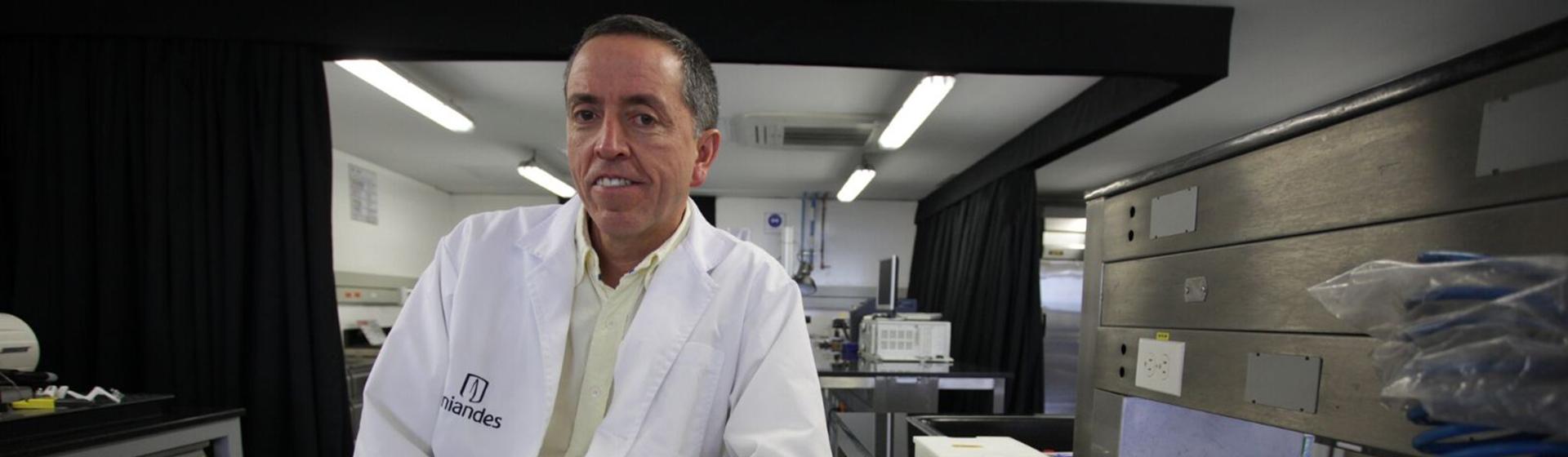 Juan Carlos Briceño, investigador y PhD en Ingeniería Biomédica